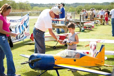 People at last year's Charm City Fly-in