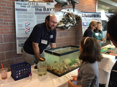 Scientist teaches visitors about the Chesapeake