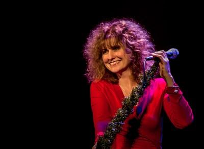 Irish-American vocalist Cathie Ryan