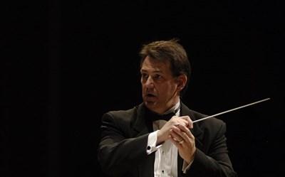 Harlan D. Parker conducting