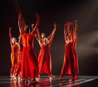 Koresh Dance Company dancers