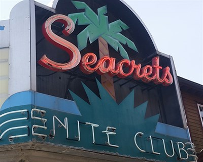 Seacrets Marquee Sign
