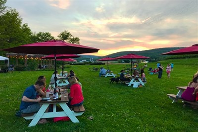Friday Nights at Catoctin Breeze Vineyard