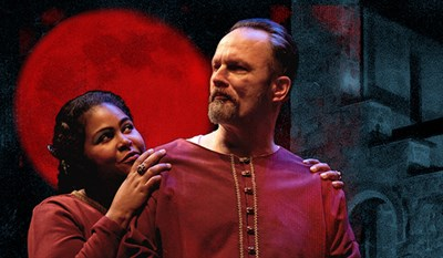 Scott Alan Small and Tamieka Chavis as Macbeth and Lady Macbeth