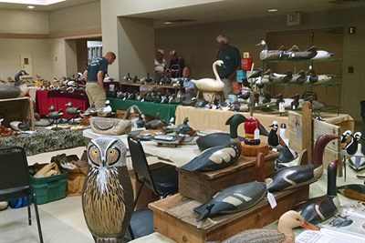 A few dealers set up for the Decoy Show