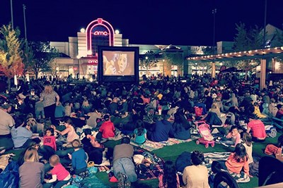 Outdoor movie screening at The Avenue