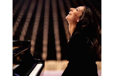 Yuliana Avdeeva, Piano