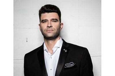 Ben Crawford, vocalist