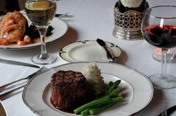 Louisiana Restaurant steak dinner placement