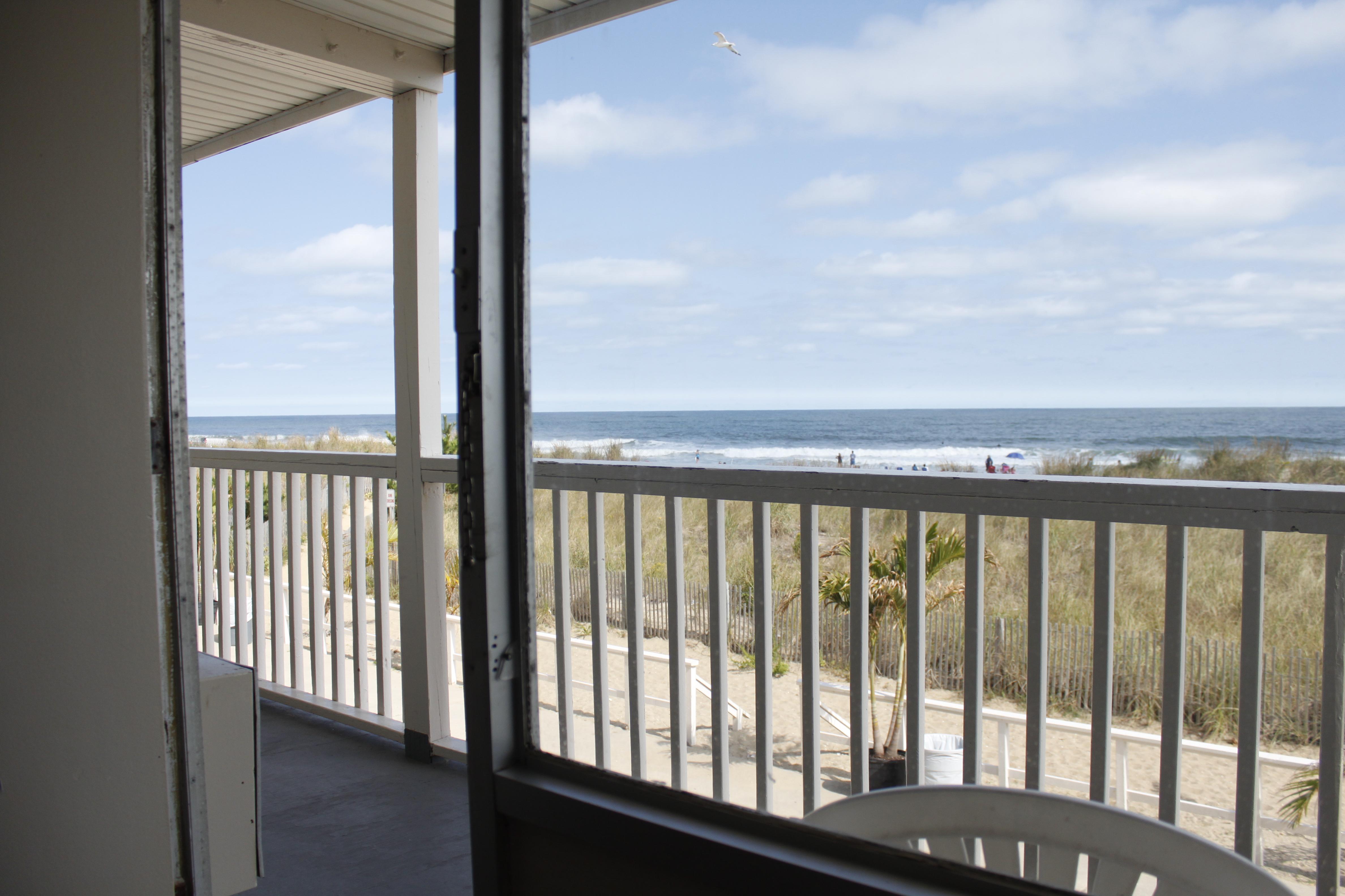 Seabonay Oceanfront
