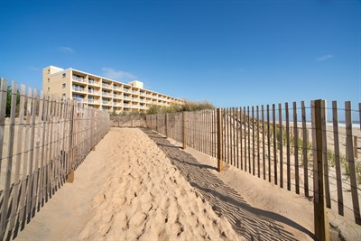 Quality Inn Oceanfront-Ocean City beach exterior