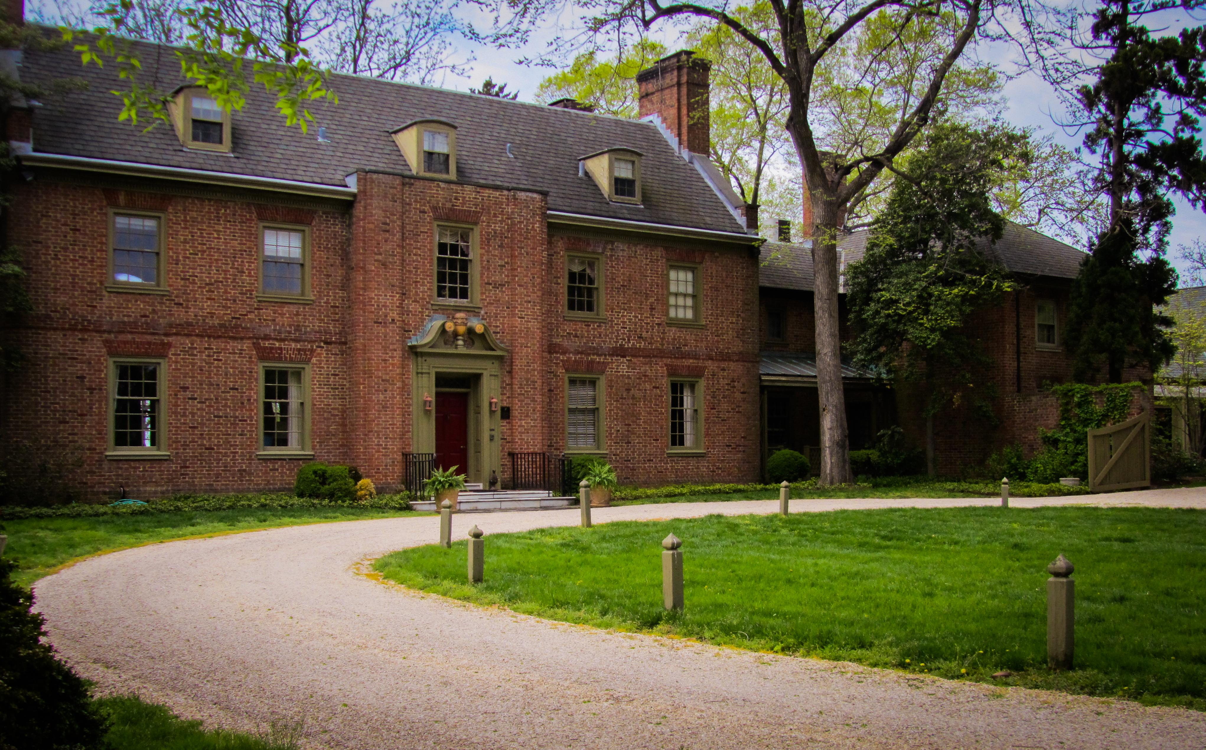 Great Oak Manor Inn