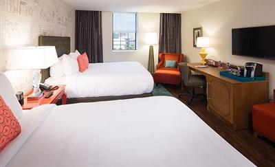 Hotel Indigo Baltimore-Mt Vernon guest room