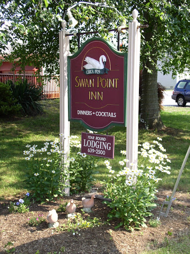 Swan Point Inn sign