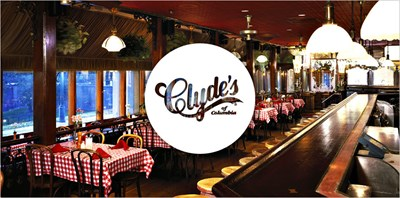 Clyde's of Columbia interior
