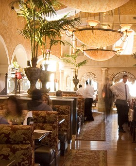 Brio Dining Room in Annapolis.
