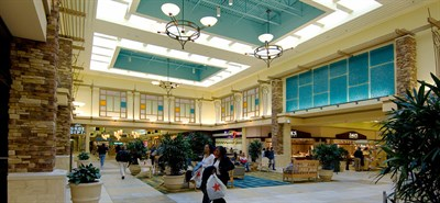 Interior courtyard in the Harford Mall