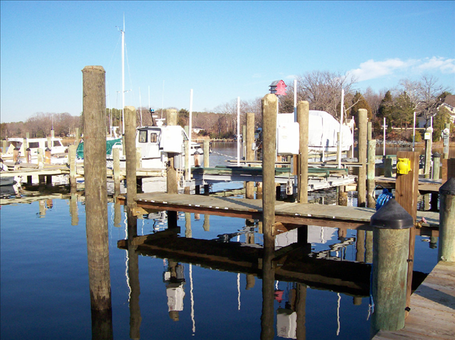 Combs Creek Marina