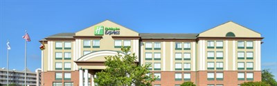 Holiday Inn Express & Suites-Ocean City exterior