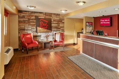 Red Roof Inn Washington DC-Laurel lobby