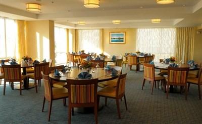 Captain's Table Restaurant interior