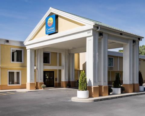 Comfort Inn & Suites-Hagerstown exterior