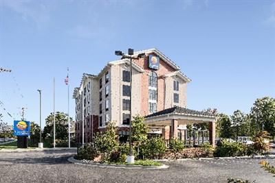 Comfort Inn & Suites-Lexington Park/Patuxent River NAS