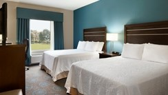 Hampton Inn & Suites-Edgewood/Aberdeen guest room