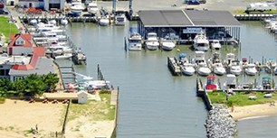 Overview of Kentmorr Marina
