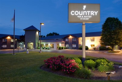 Country Inn & Suites-Frederick exterior view