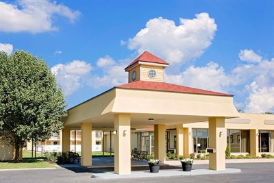 Photo Credit: Days Inn-Easton