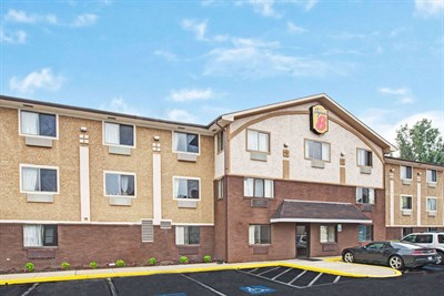 Super 8 Motel-Baltimore/Essex exterior view