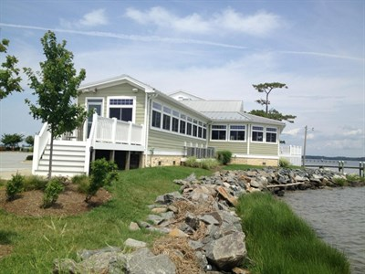 Ruddy Duck Brewery and Grill-Piney Point exterior view