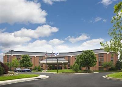 Hampton Inn-White Marsh exterior view