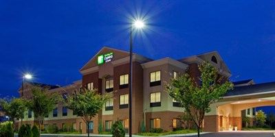 Photo Credit: Holiday Inn Express-Chestertown