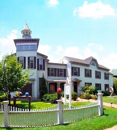 Academy Art Museum exterior view