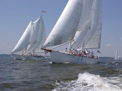 Dual Sailing