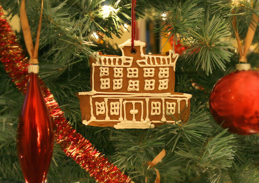 A gingerbread cookie adorns the holiday tree at the Brampton Inn.