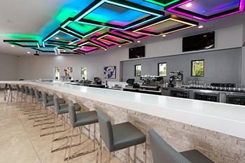 Portum Restaurant and Lounge