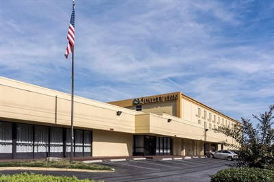 Quality Inn-Camp Springs/Andrews AFB exterior