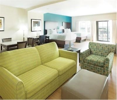 La Quinta Guest Room