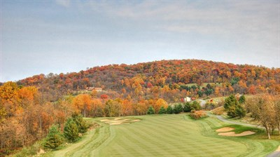 Picture of a fairway the the Musket Ridge Golf Club